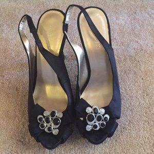 Nine West satin sling back heels,size 6.5